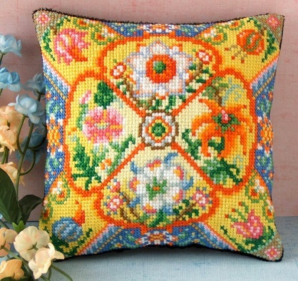 Cottage_Garden_Mini_Cushion_Cross_Stitch_Kit