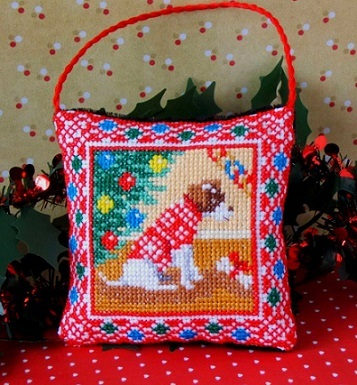 Christmas_Dog_Cross_Stitch_Kit