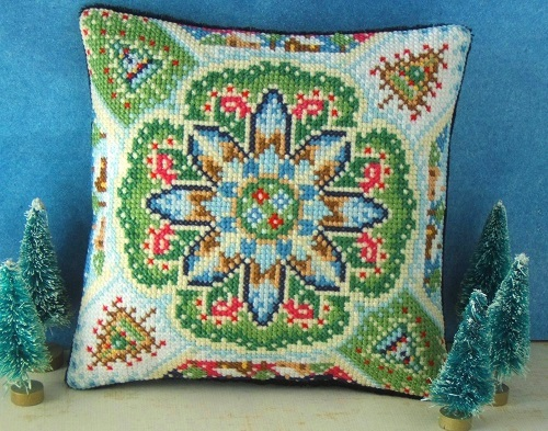 Christmas_Kaleidoscope_Cross_Stitch_Kit
