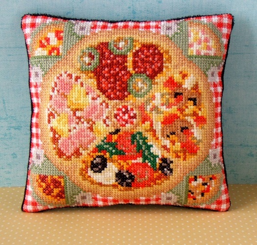Pizza_Mini_Cushion_Cross_Stitch_Kit