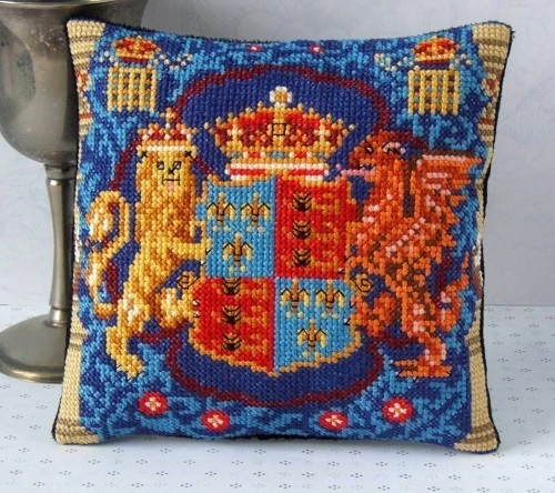 Henry_VIII_Armorial_Panel_Cross_Stitch_Kit