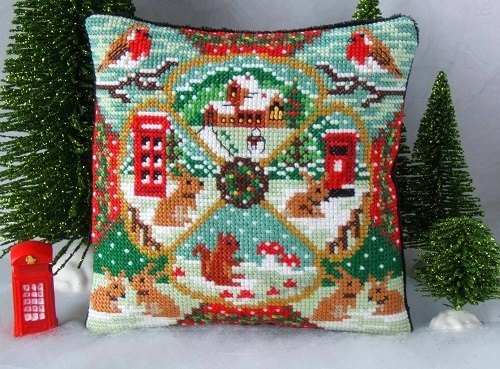 A_Country_Christmas_Mini_Cushion_Cross_Stitch_Kit
