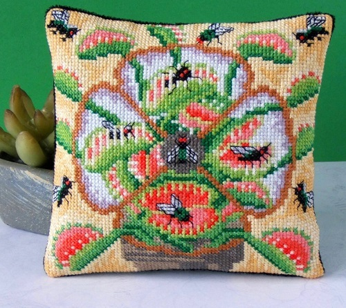 Venus_Flytrap_Mini_Cushion_Cross_Stitch_Kit