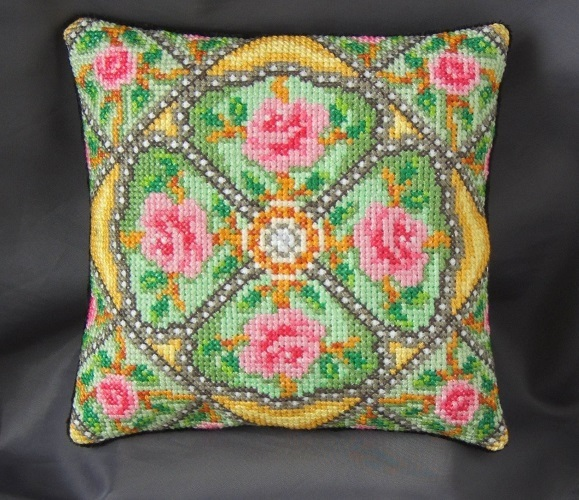 Rose_Trellis_Mini_Cushion_Cross_Stitch_Kit