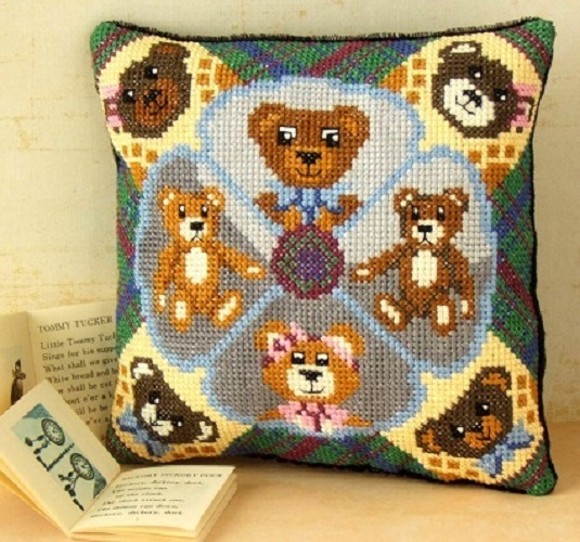 Teddy_Bear_Treat_Cross_Stitch_Kit