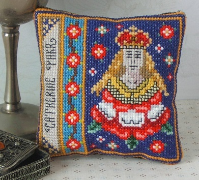 Catherine_Parr_Badge_Pincushion_Kit