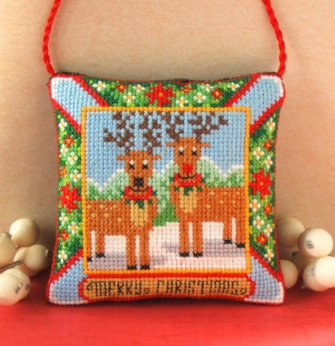 Reindeer_Hanging_Decoration_Cross_Stitch_Kit